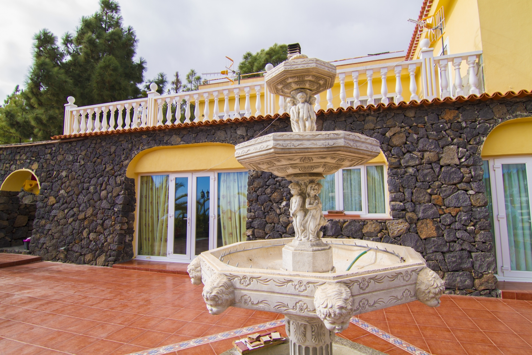 Properties for Sale in Tenerife, Canary Islands, Spain | SylkWayStar Real Estate. Finca with vineyard - Cruz de Tea - Granadilla de Abona . Image-21860