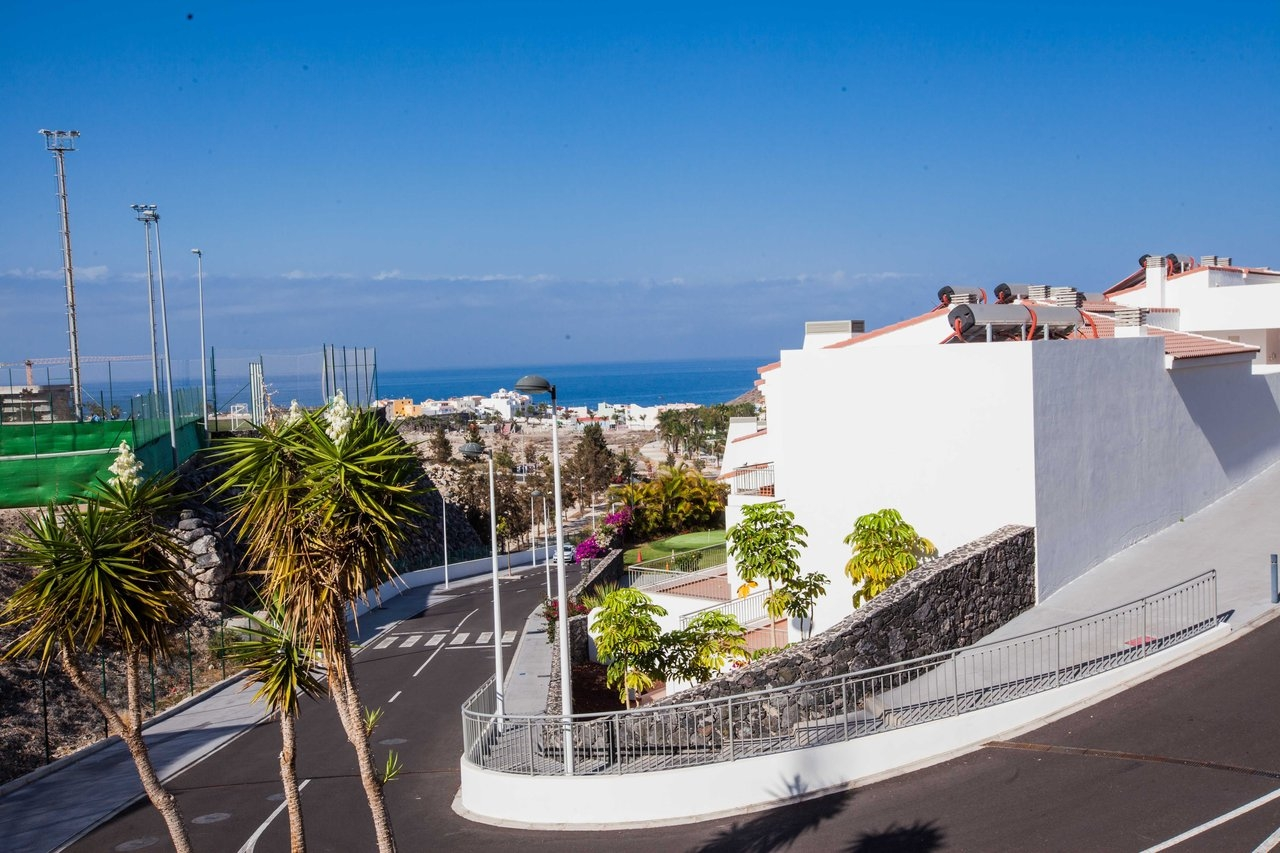 Properties for Sale in Tenerife, Canary Islands, Spain | SylkWayStar Real Estate. 2 bedroom apartment - Magnolia Golf Resort  - La Caleta. Image-21976