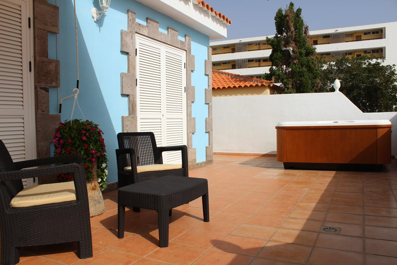 Properties for Sale in Tenerife, Canary Islands, Spain | SylkWayStar Real Estate. Semi-detached House in Callao Salvaje. Image-22071