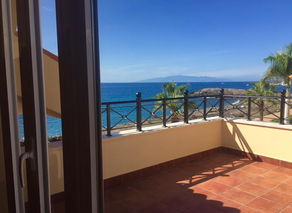 Properties for Sale in Tenerife, Canary Islands, Spain | TENERPROPERTY Real Estate. Unique 5 bed villa on the first line - Los Cristianos. Image-21332