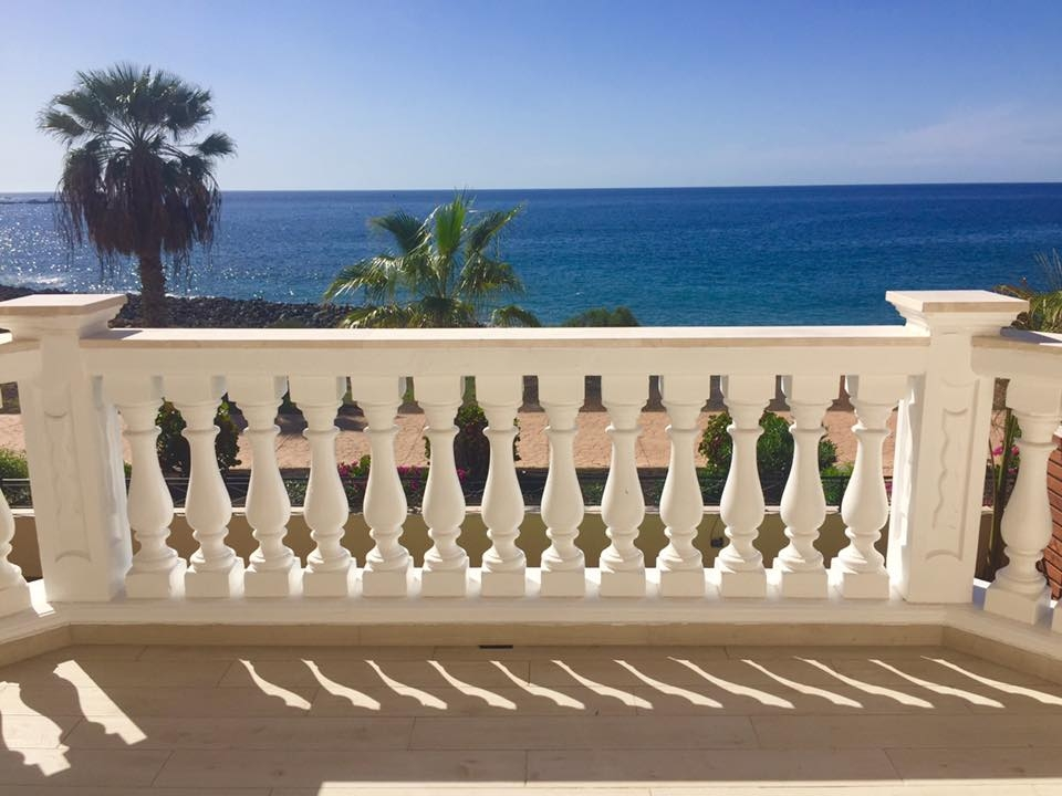 Properties for Sale in Tenerife, Canary Islands, Spain | TENERPROPERTY Real Estate. Unique 5 bed villa on the first line - Los Cristianos. Image-21317