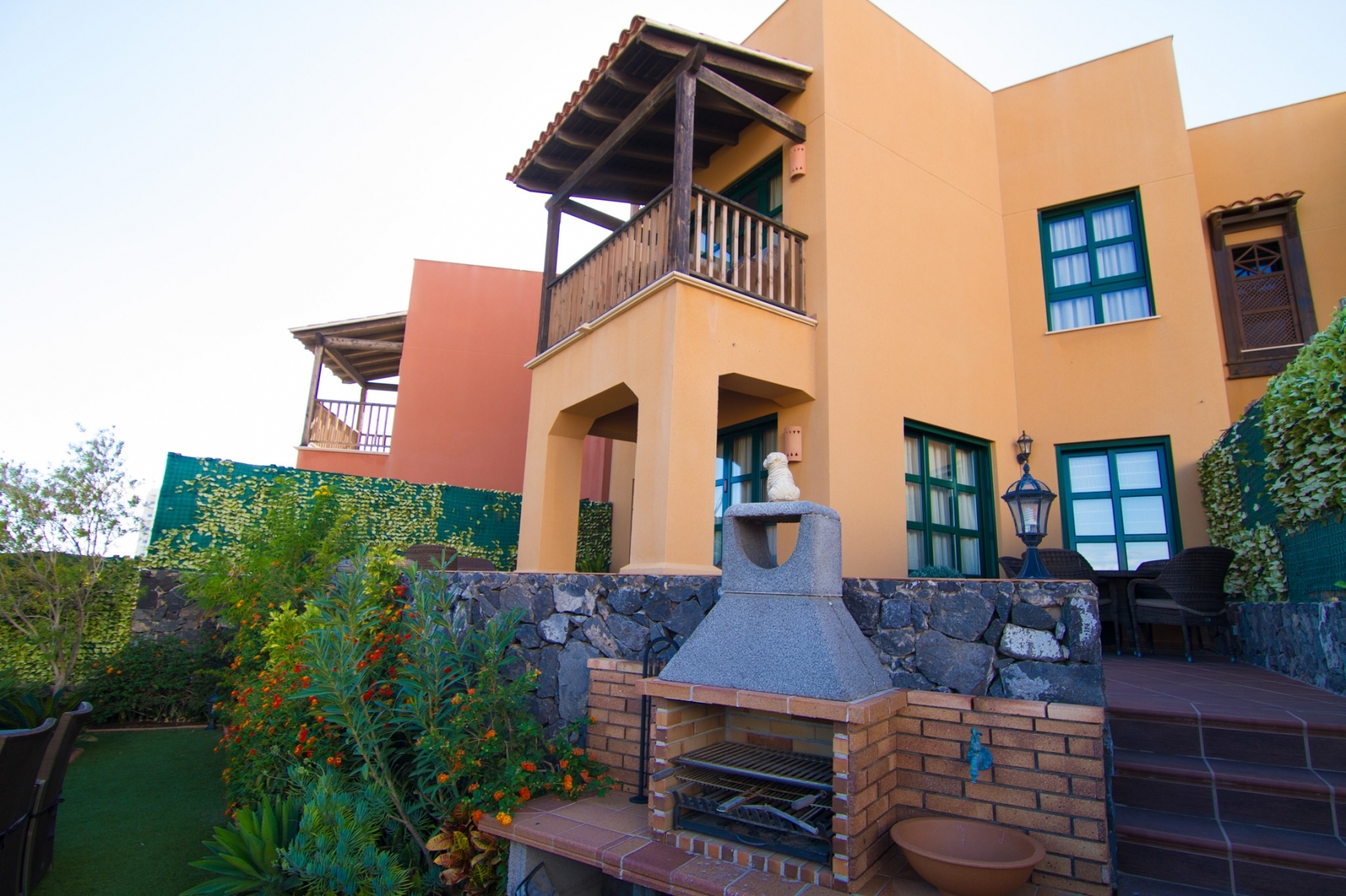 Properties for Sale in Tenerife, Canary Islands, Spain | SylkWayStar Real Estate. Luxury 3 bedrooms townhouse on the first line - San Blas . Image-22447