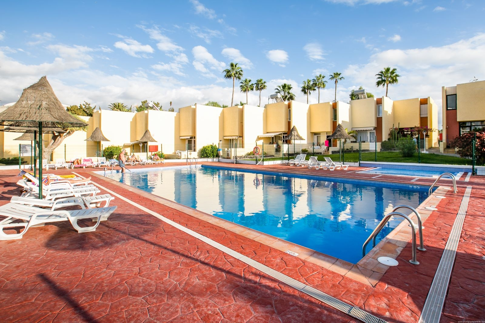 Properties for Sale in Tenerife, Canary Islands, Spain | SylkWayStar Real Estate. 1 bedroom apartment El Cortijo, Las Americas. Image-22487
