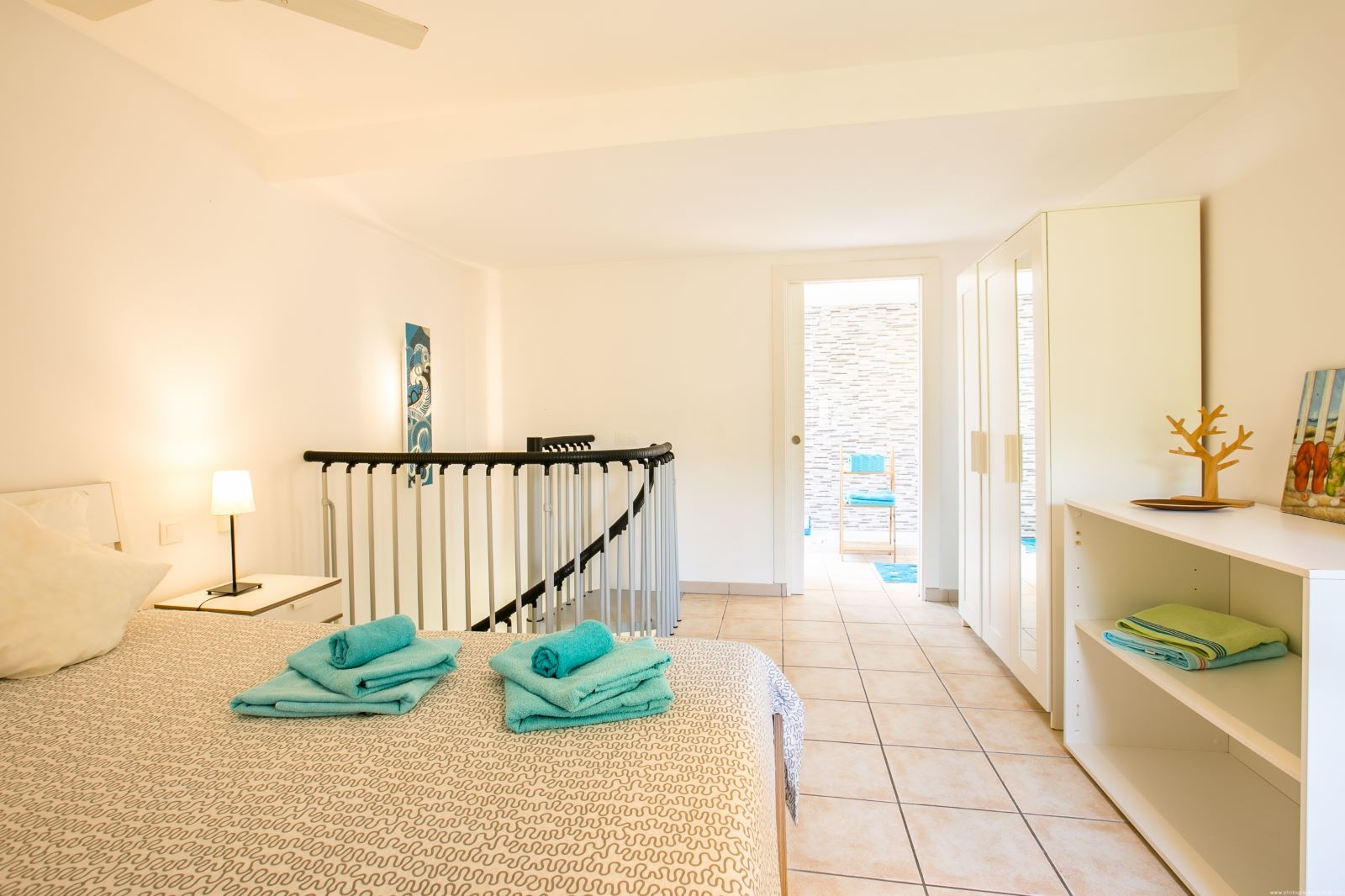 Properties for Sale in Tenerife, Canary Islands, Spain | SylkWayStar Real Estate. 1 bedroom apartment El Cortijo, Las Americas. Image-22503