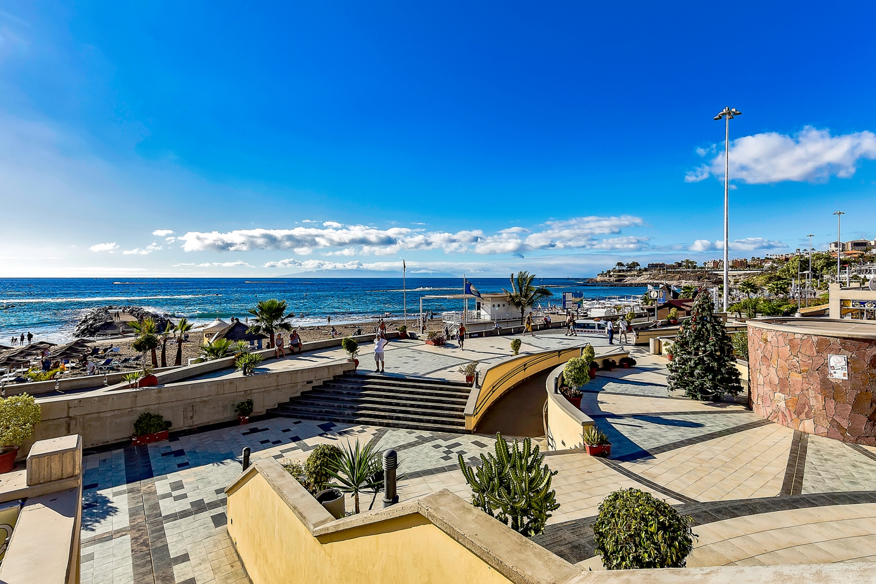 Properties for Sale in Tenerife, Canary Islands, Spain | SylkWayStar Real Estate. 1 bedroom apartment Yucca Park. Image-22551