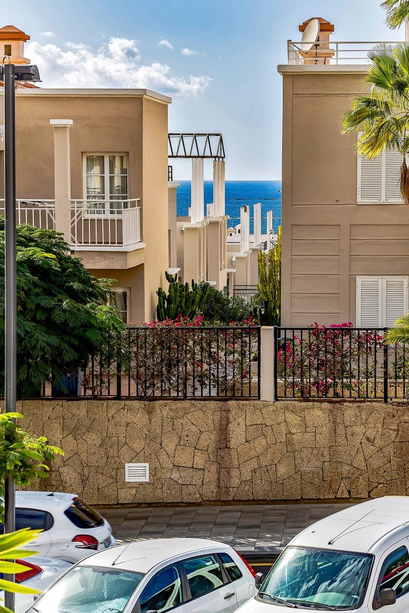 Properties for Sale in Tenerife, Canary Islands, Spain | SylkWayStar Real Estate. 1 bedroom apartment Yucca Park. Image-22540