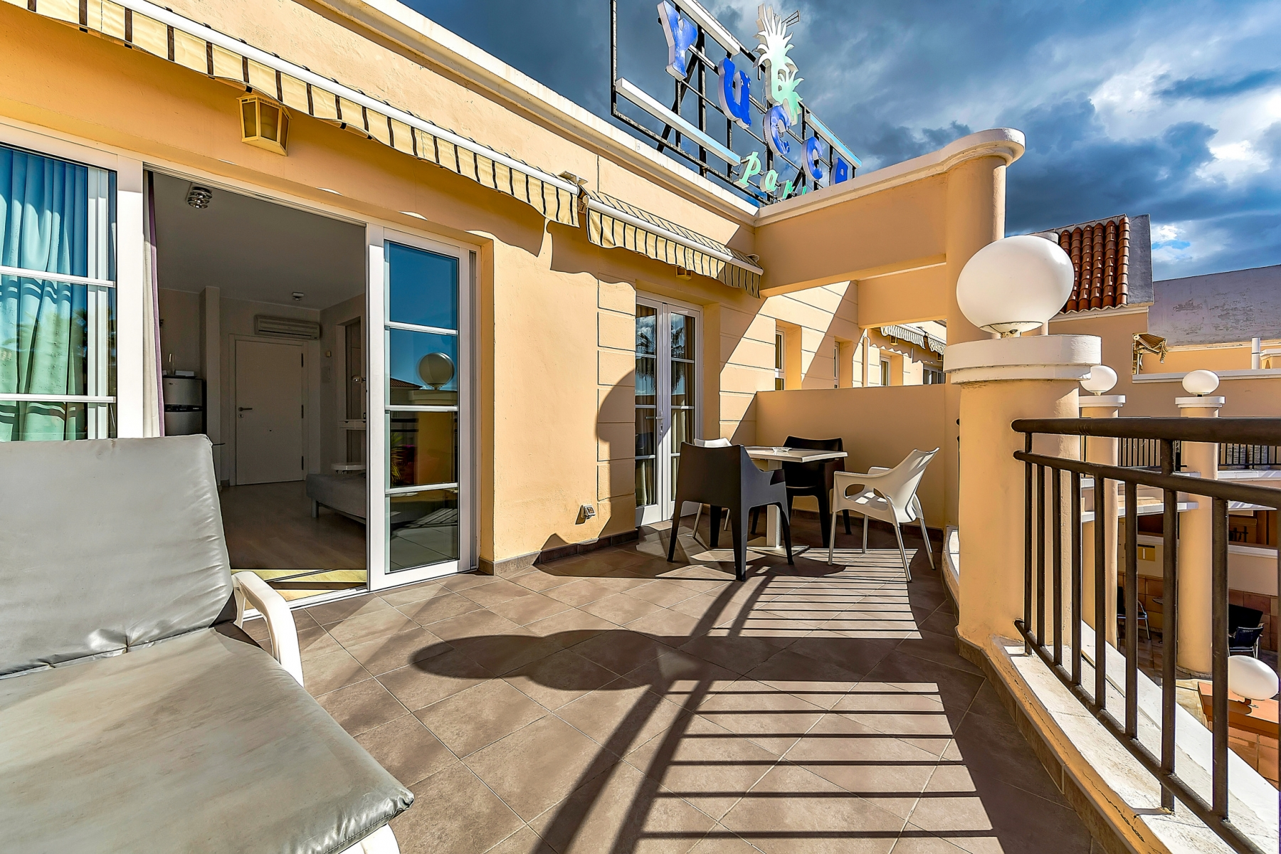 Properties for Sale in Tenerife, Canary Islands, Spain | SylkWayStar Real Estate. 1 bedroom apartment Yucca Park. Image-22535