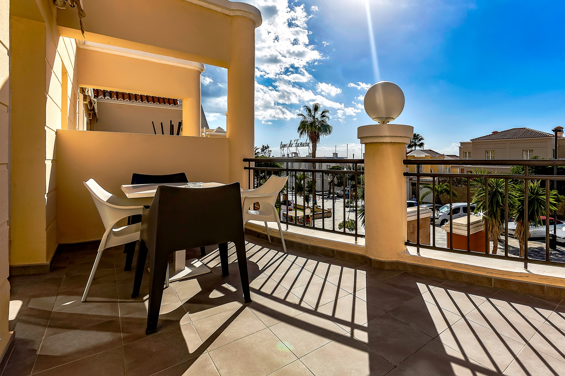 Properties for Sale in Tenerife, Canary Islands, Spain | SylkWayStar Real Estate. 1 bedroom apartment Yucca Park. Image-22538
