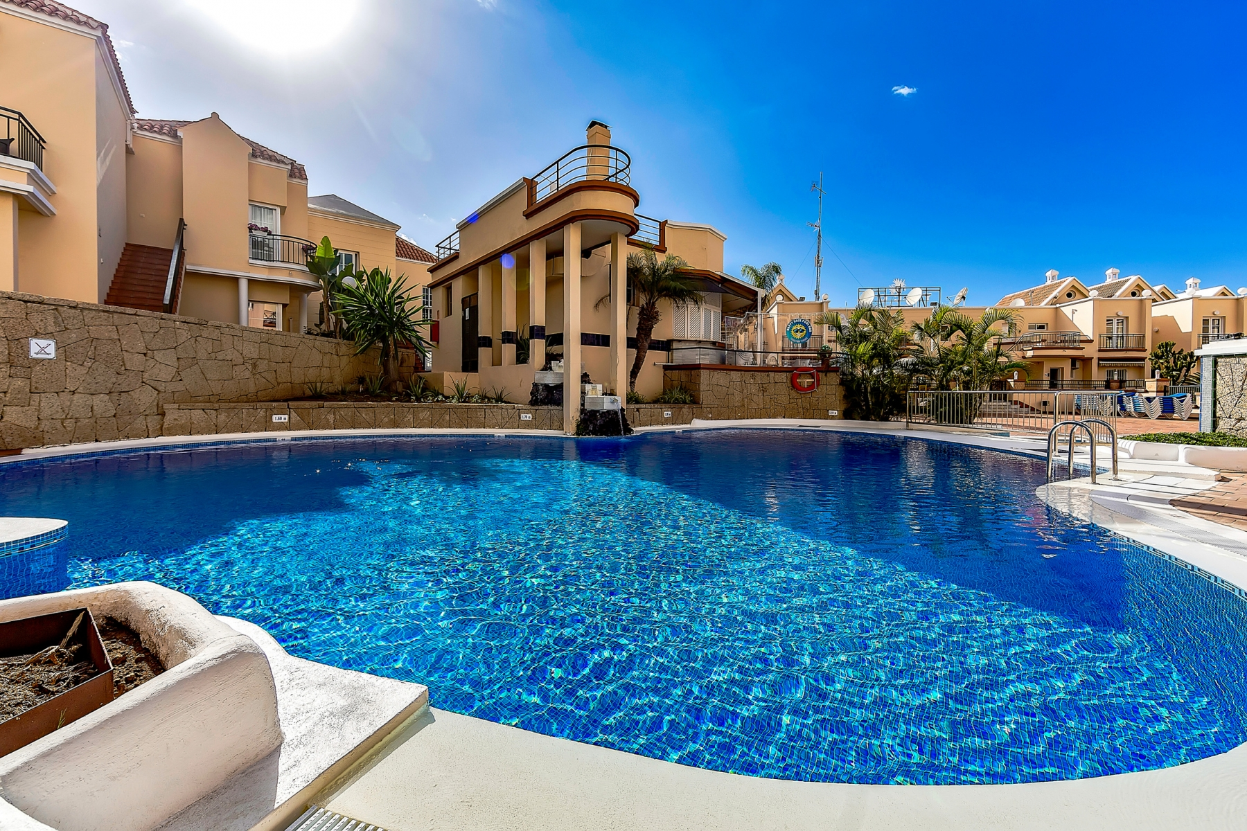Properties for Sale in Tenerife, Canary Islands, Spain | SylkWayStar Real Estate. 1 bedroom apartment Yucca Park. Image-22547