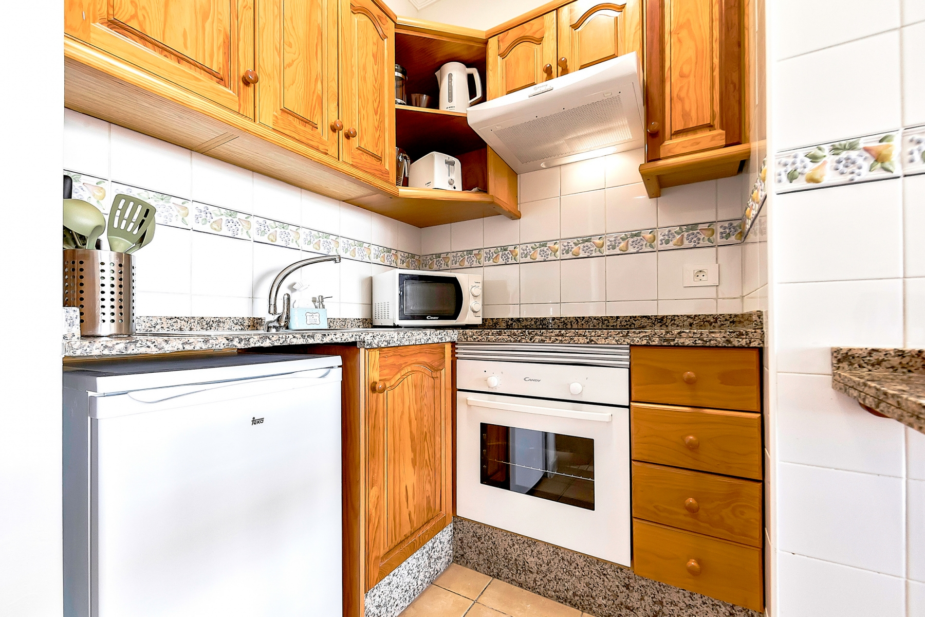 Properties for Sale in Tenerife, Canary Islands, Spain | SylkWayStar Real Estate. 1 bedroom apartment Yucca Park. Image-22585