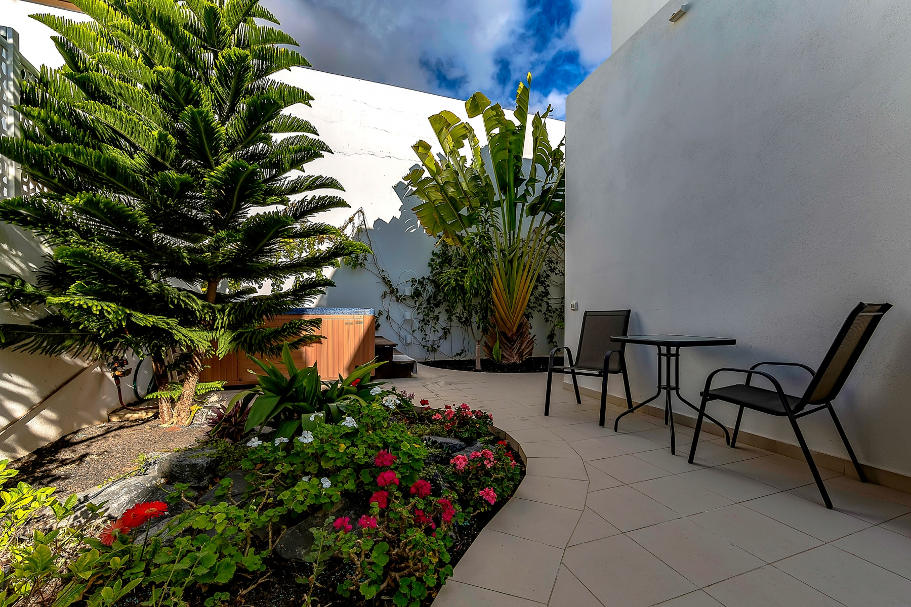 Properties for Sale in Tenerife, Canary Islands, Spain   SylkWayStar Real Estate. Luxury villa in the fashionable area of the south of the island of Tenerife – Madroñal.. Image-22825