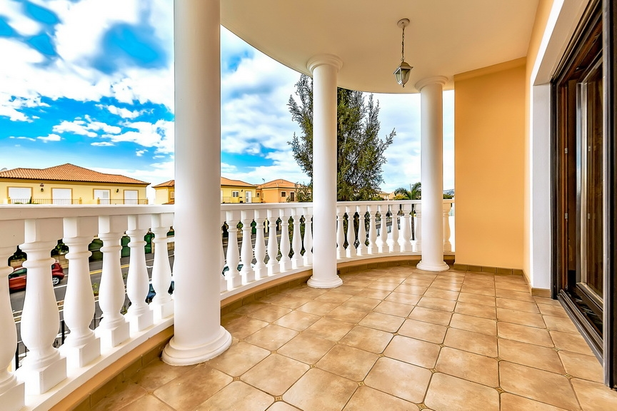 Properties for Sale in Tenerife, Canary Islands, Spain | SylkWayStar Real Estate. Luxury villa in the fashionable area of the south of the island of Tenerife – Madroñal. Image-22922