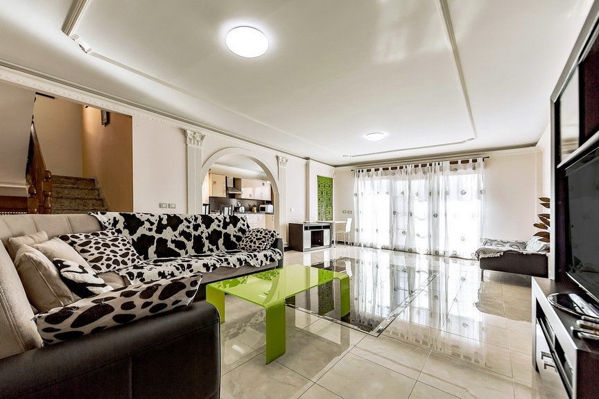 Properties for Sale in Tenerife, Canary Islands, Spain | SylkWayStar Real Estate. Luxury villa in the fashionable area of the south of the island of Tenerife – Madroñal. Image-22860