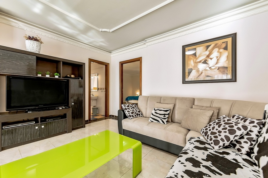 Properties for Sale in Tenerife, Canary Islands, Spain | SylkWayStar Real Estate. Luxury villa in the fashionable area of the south of the island of Tenerife – Madroñal. Image-22864