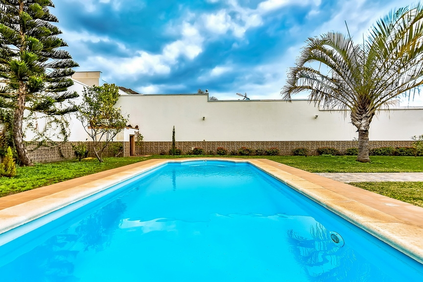 Properties for Sale in Tenerife, Canary Islands, Spain | SylkWayStar Real Estate. Luxury villa in the fashionable area of the south of the island of Tenerife – Madroñal. Image-22898