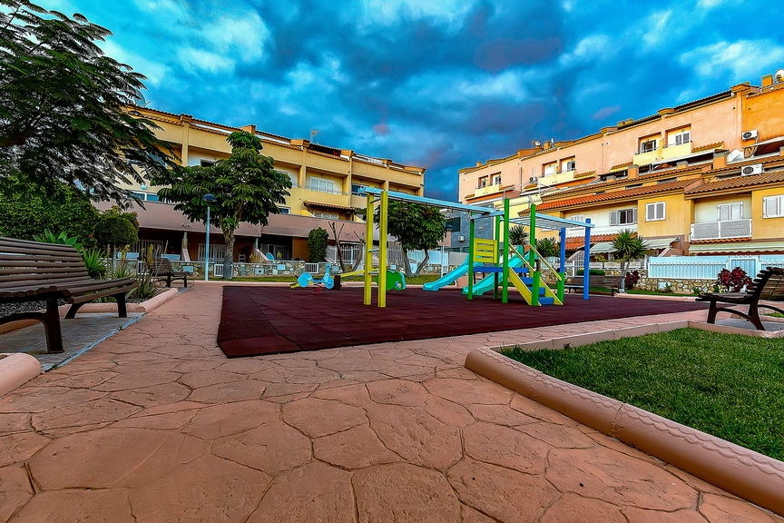 Properties for Sale in Tenerife, Canary Islands, Spain | SylkWayStar Real Estate. 1 bedroom Apartment del Duque. Image-23054