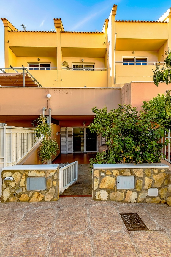 Properties for Sale in Tenerife, Canary Islands, Spain | SylkWayStar Real Estate. 1 bedroom Apartment del Duque. Image-23057