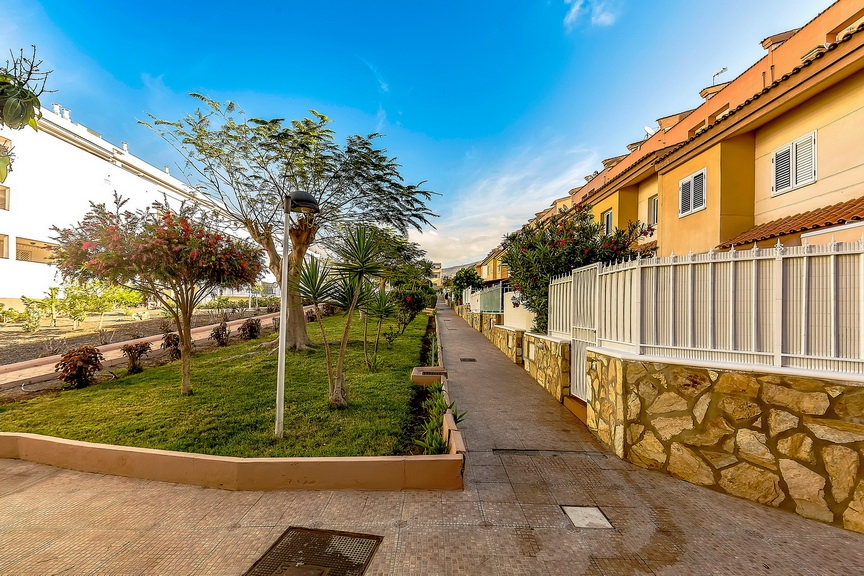 Properties for Sale in Tenerife, Canary Islands, Spain | SylkWayStar Real Estate. 1 bedroom Apartment del Duque. Image-23053