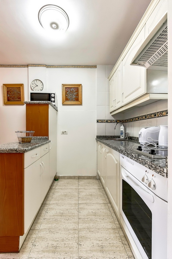 Properties for Sale in Tenerife, Canary Islands, Spain | SylkWayStar Real Estate. 1 bedroom Apartment del Duque. Image-23043