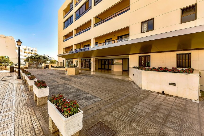 Properties for Sale in Tenerife, Canary Islands, Spain | SylkWayStar Real Estate. 1 bedroom Apartment del Duque. Image-23194