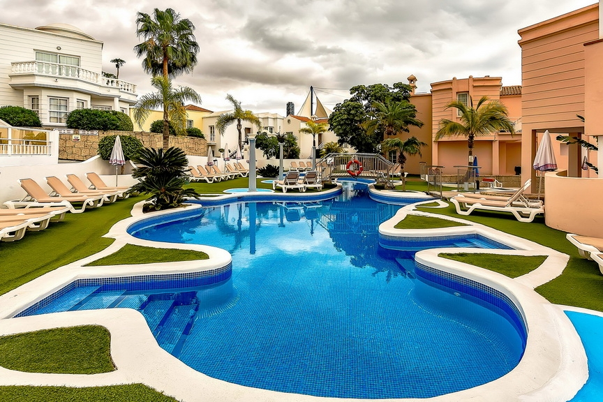 Properties for Sale in Tenerife, Canary Islands, Spain | SylkWayStar Real Estate. 1 bedroom apartment Villas Fañabe. Image-23644