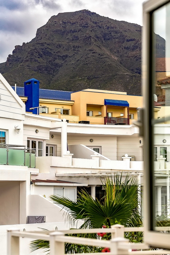 Properties for Sale in Tenerife, Canary Islands, Spain | SylkWayStar Real Estate. 1 bedroom apartment Villas Fañabe. Image-23633