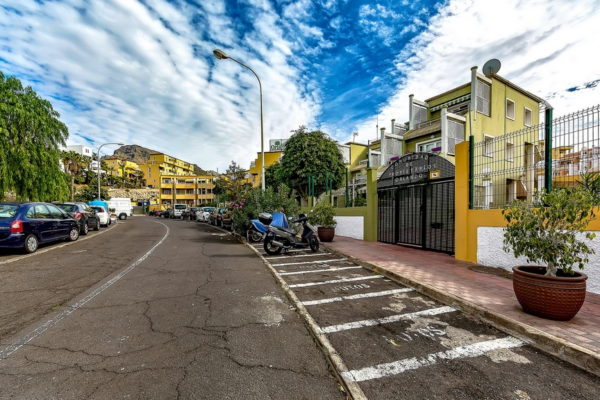 Properties for Sale in Tenerife, Canary Islands, Spain | SylkWayStar Real Estate. 1 bedroom apartment Orlando. Image-23699