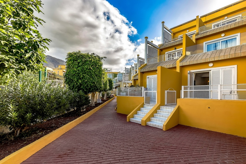 Properties for Sale in Tenerife, Canary Islands, Spain | SylkWayStar Real Estate. 1 bedroom apartment Orlando. Image-23690