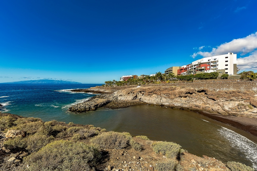 Properties for Sale in Tenerife, Canary Islands, Spain | SylkWayStar Real Estate. 1 bedroom apartment Paraiso del Sur . Image-23884