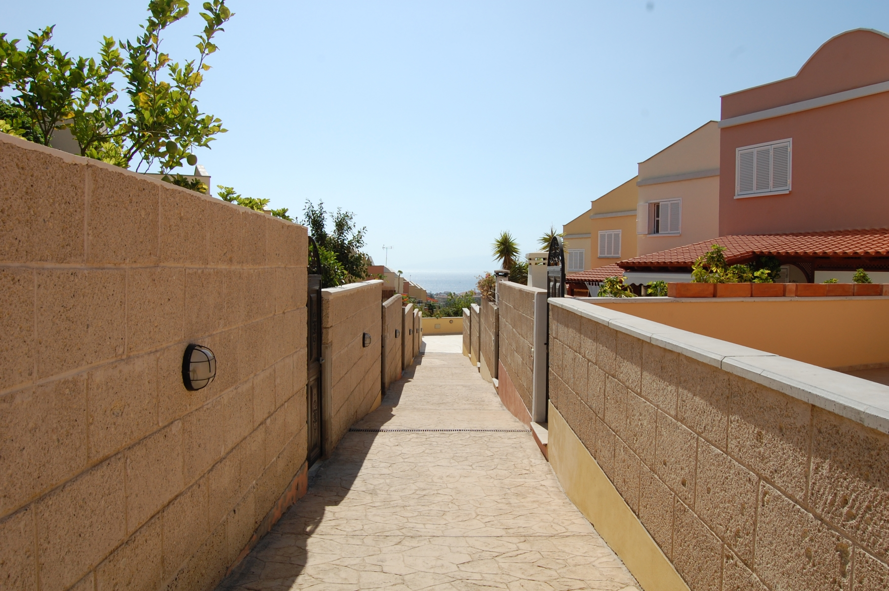 Properties for Sale in Tenerife, Canary Islands, Spain | SylkWayStar Real Estate. Townhouse 3 bedrooms 2 baths Madroñal. Image-24741
