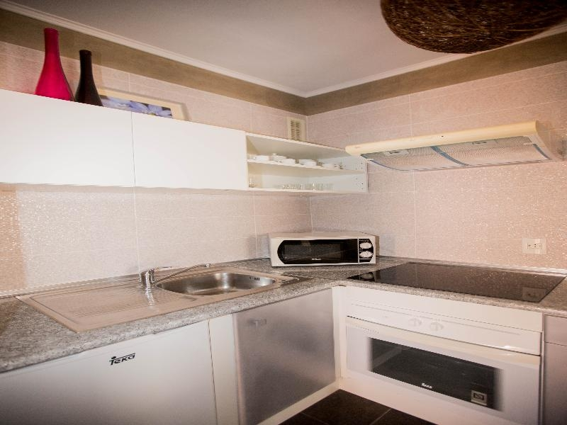 Properties for Sale in Tenerife, Canary Islands, Spain | SylkWayStar Real Estate. 1 bedroom apartment Yucca Park . Image-24796