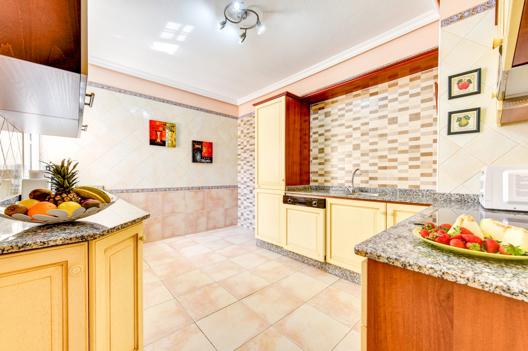 Properties for Sale in Tenerife, Canary Islands, Spain | SylkWayStar Real Estate. Villa 5 bedrooms Madroñal. Image-25099