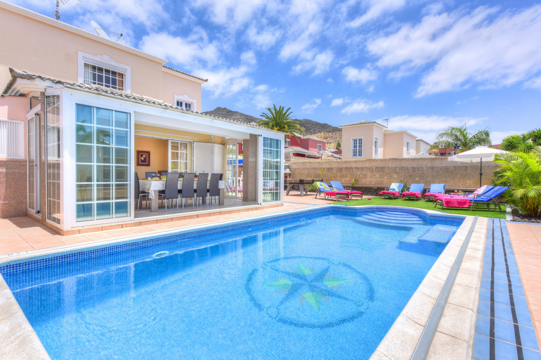 Properties for Sale in Tenerife, Canary Islands, Spain | SylkWayStar Real Estate. Villa 5 bedrooms Madroñal. Image-25082