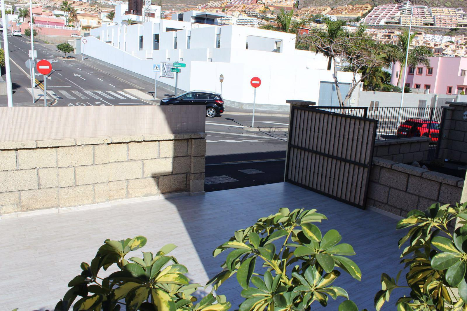 Properties for Sale in Tenerife, Canary Islands, Spain | SylkWayStar Real Estate. Townhouse 5 bedrooms Madroñal. Image-25150