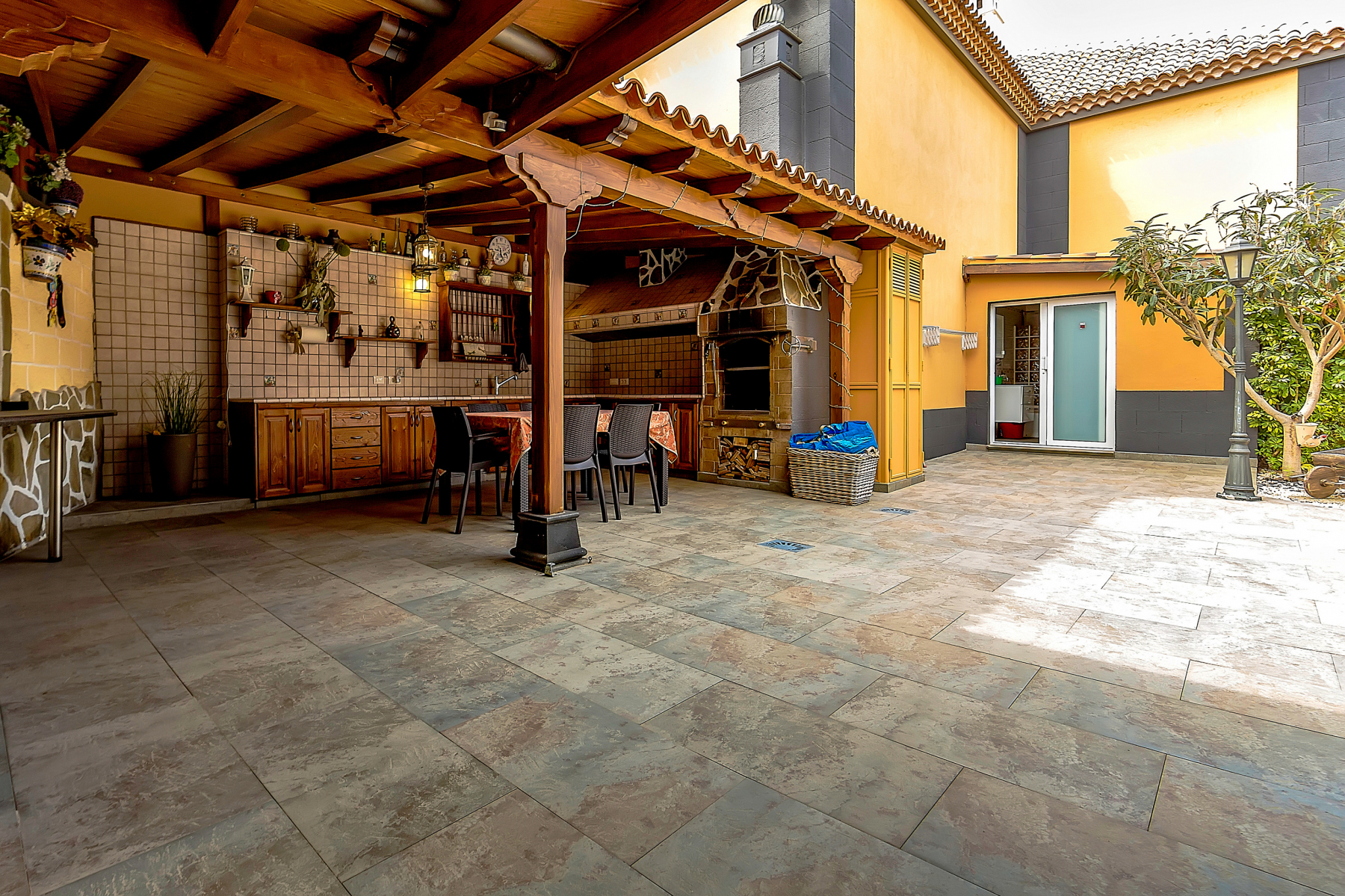 Properties for Sale in Tenerife, Canary Islands, Spain | SylkWayStar Real Estate. 4 Bedroom Townhouse LA DUQUESA . Image-25260