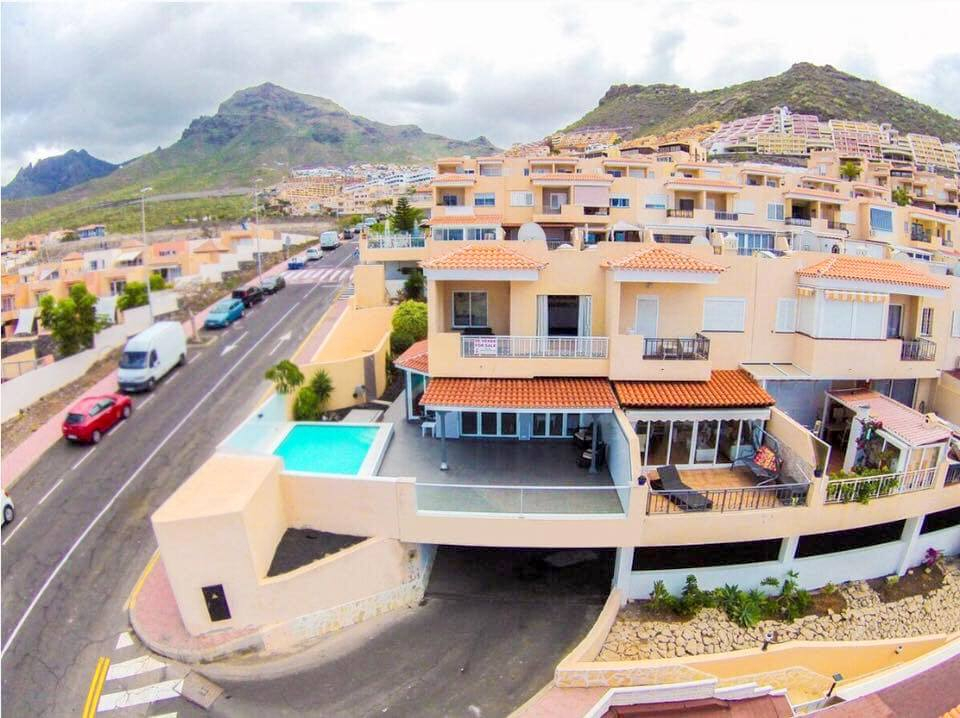 Properties for Sale in Tenerife, Canary Islands, Spain | SylkWayStar Real Estate. 4 Bedroom Townhouse - Roque del Conde. Image-25317