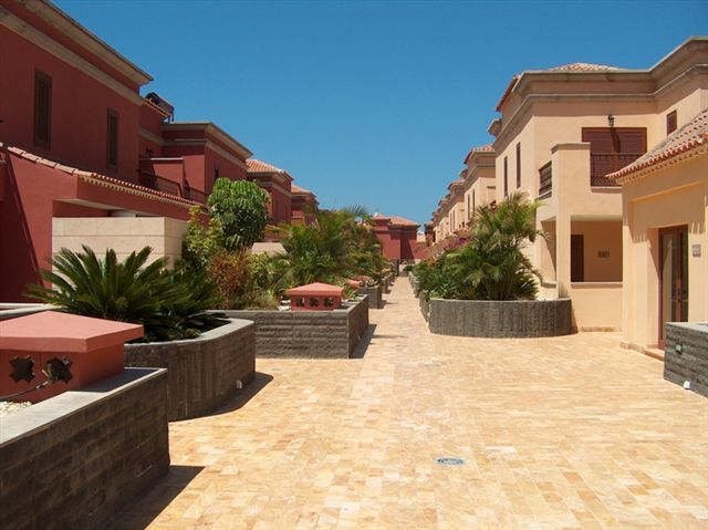 Properties for Sale in Tenerife, Canary Islands, Spain | SylkWayStar Real Estate. 3 Bedroom Townhouse Villas del Duque . Image-25351