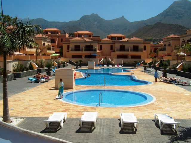 Properties for Sale in Tenerife, Canary Islands, Spain | SylkWayStar Real Estate. 3 Bedroom Townhouse Villas del Duque . Image-25352
