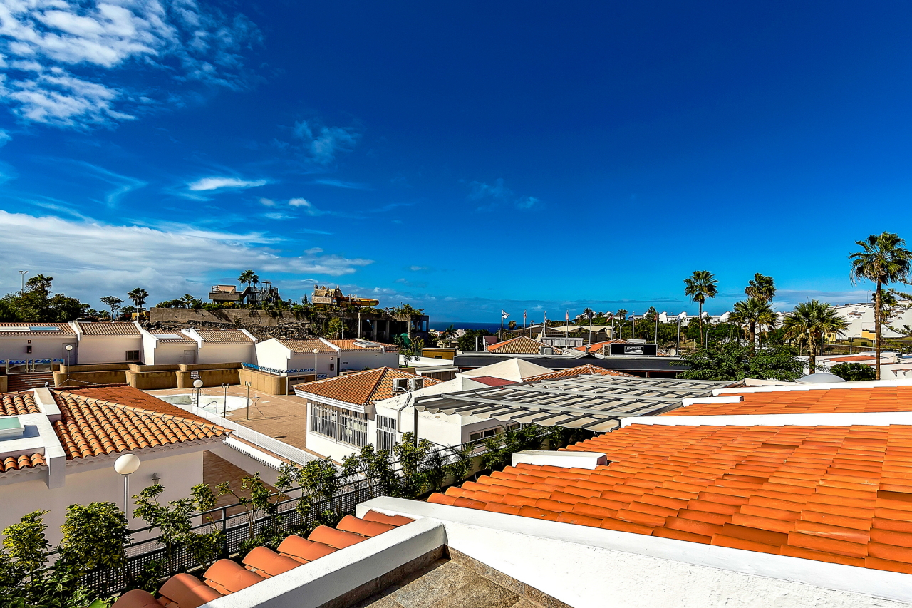 Properties for Sale in Tenerife, Canary Islands, Spain | SylkWayStar Real Estate. Apartment 5 bedrooms Island Village. Image-25375