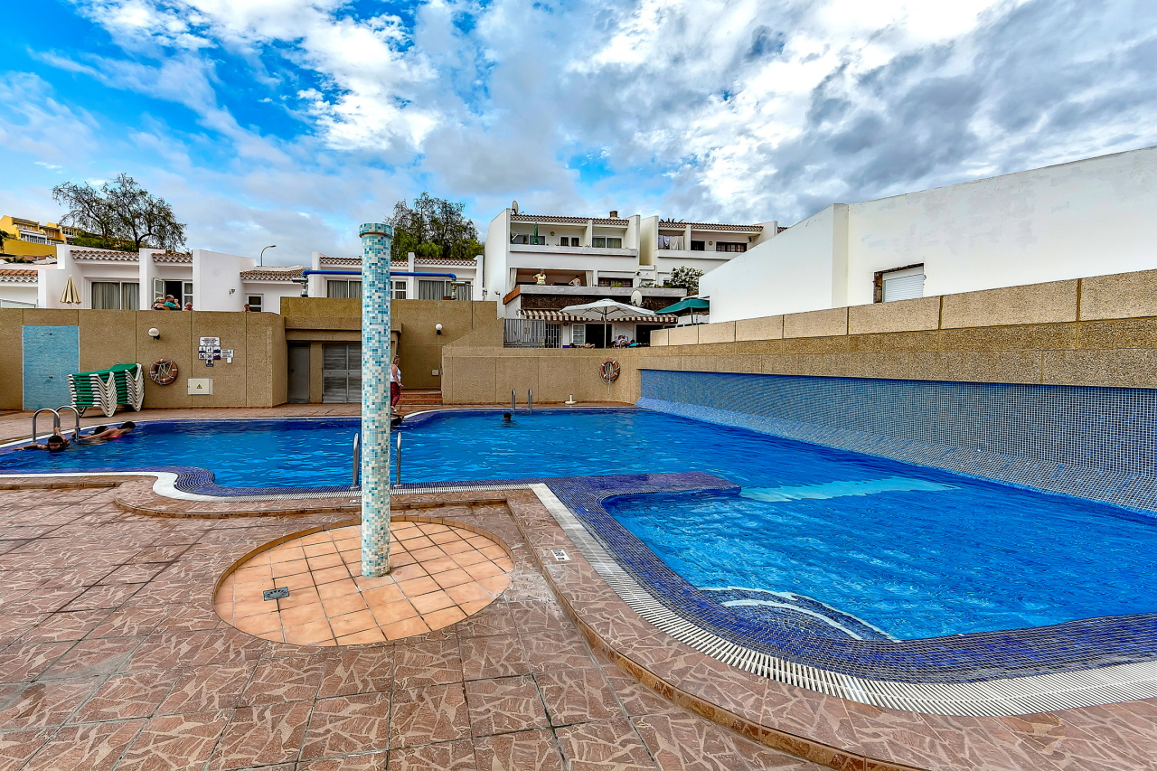 Properties for Sale in Tenerife, Canary Islands, Spain | SylkWayStar Real Estate. Apartment 5 bedrooms Island Village. Image-25381