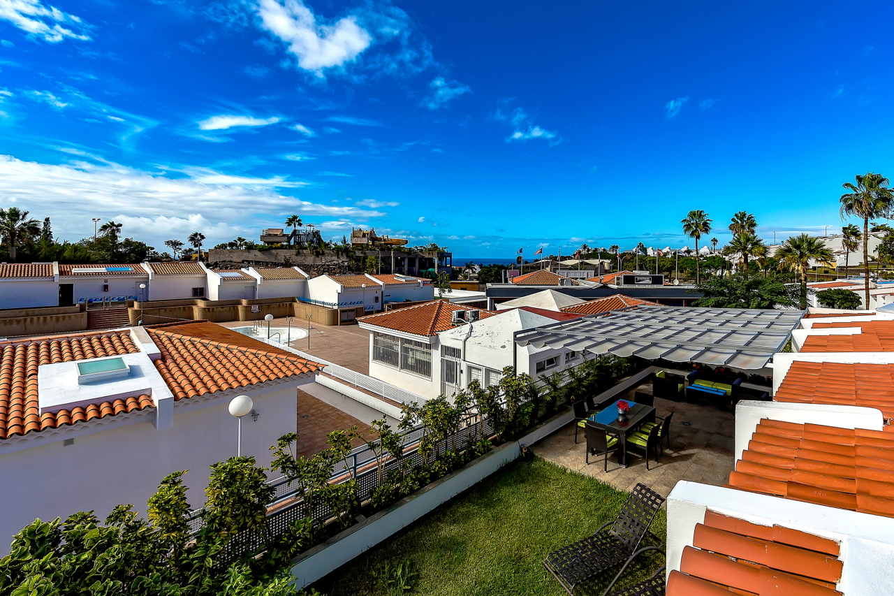 Properties for Sale in Tenerife, Canary Islands, Spain | SylkWayStar Real Estate. Apartment 5 bedrooms Island Village. Image-25377