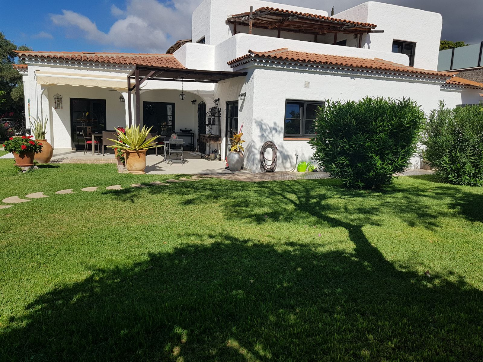 Properties for Sale in Tenerife, Canary Islands, Spain | SylkWayStar Real Estate. Villa 5 bedrooms Playa Paraiso. Image-25657
