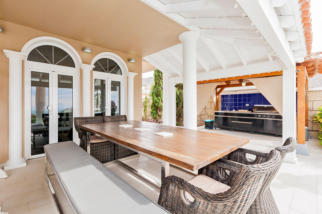 Properties for Sale in Tenerife, Canary Islands, Spain | SylkWayStar Real Estate. Magnificent 5 Bedroom Villa Madroñal. Image-25667