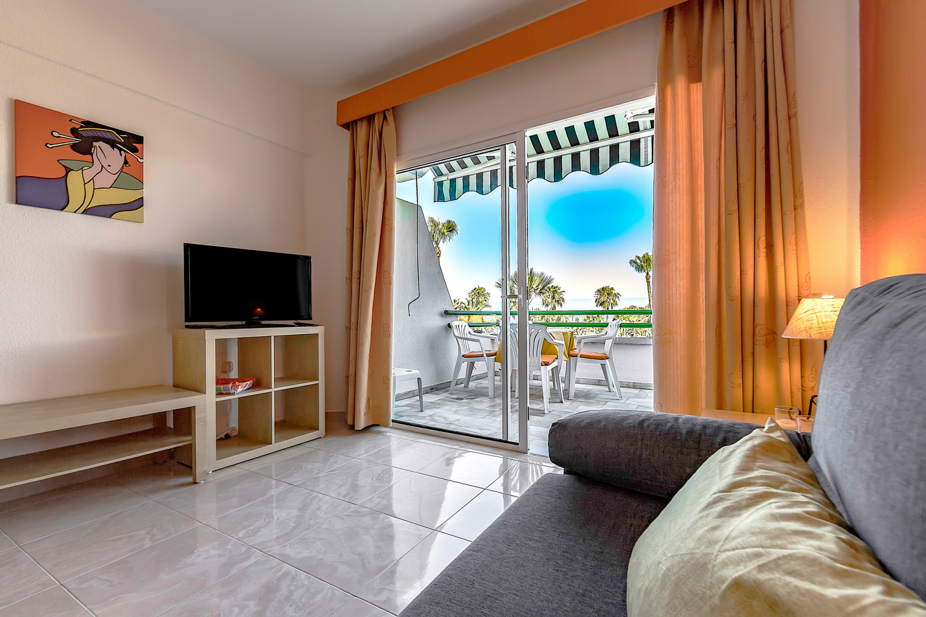 Properties for Sale in Tenerife, Canary Islands, Spain | SylkWayStar Real Estate. Lovely 1 Bedroom Apartment - Altamira. Image-25826