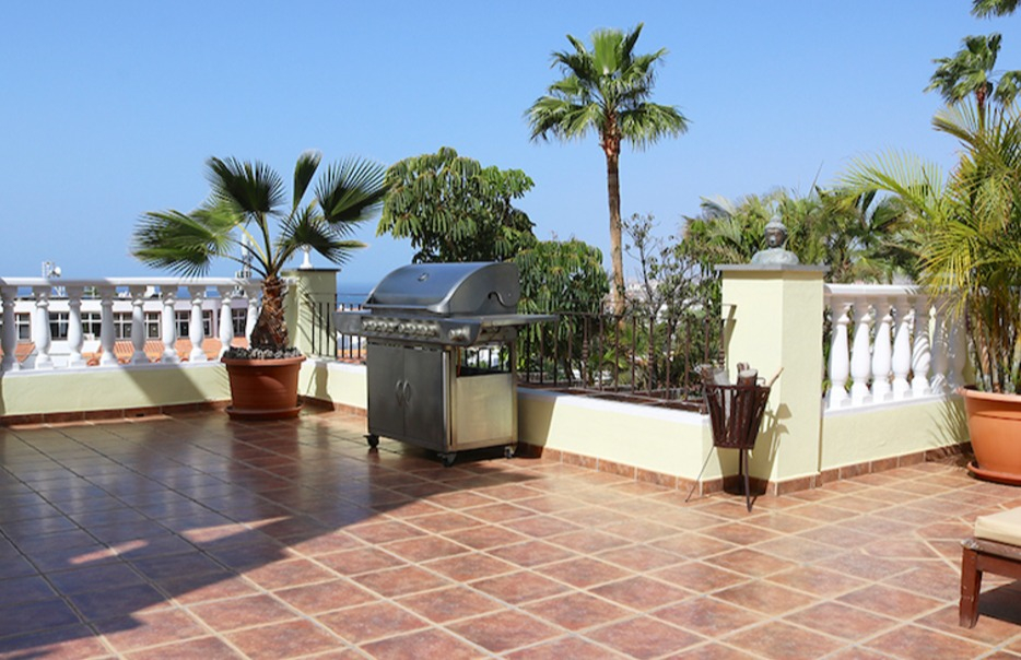 Properties for Sale in Tenerife, Canary Islands, Spain | SylkWayStar Real Estate. 3-bedroom apartment with a large terrace. Image-25990