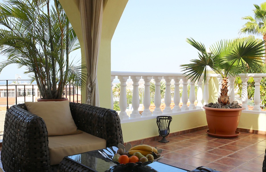 Properties for Sale in Tenerife, Canary Islands, Spain | SylkWayStar Real Estate. 3-bedroom apartment with a large terrace. Image-25983
