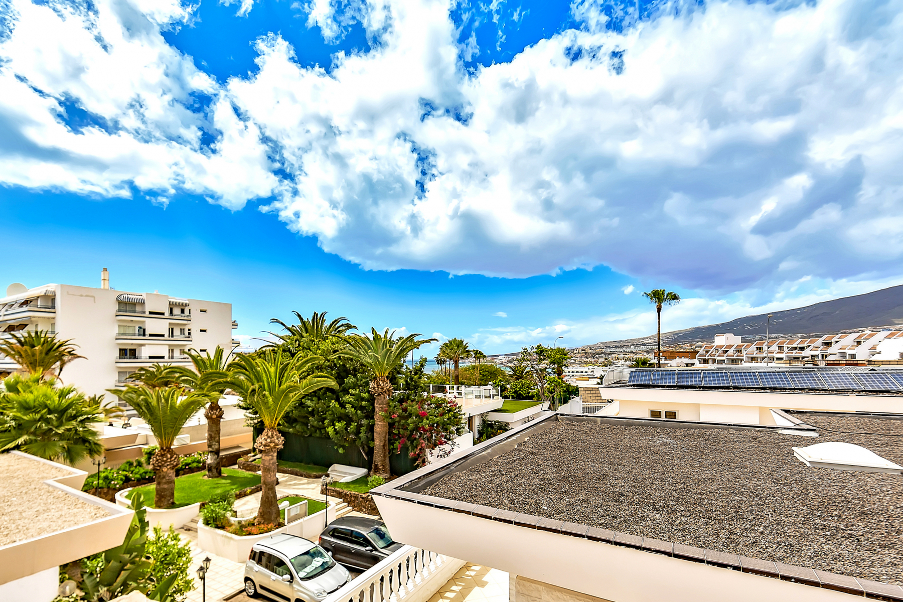 Properties for Sale in Tenerife, Canary Islands, Spain | SylkWayStar Real Estate. Villa 4 bedrooms Puerto Colon. Image-26014
