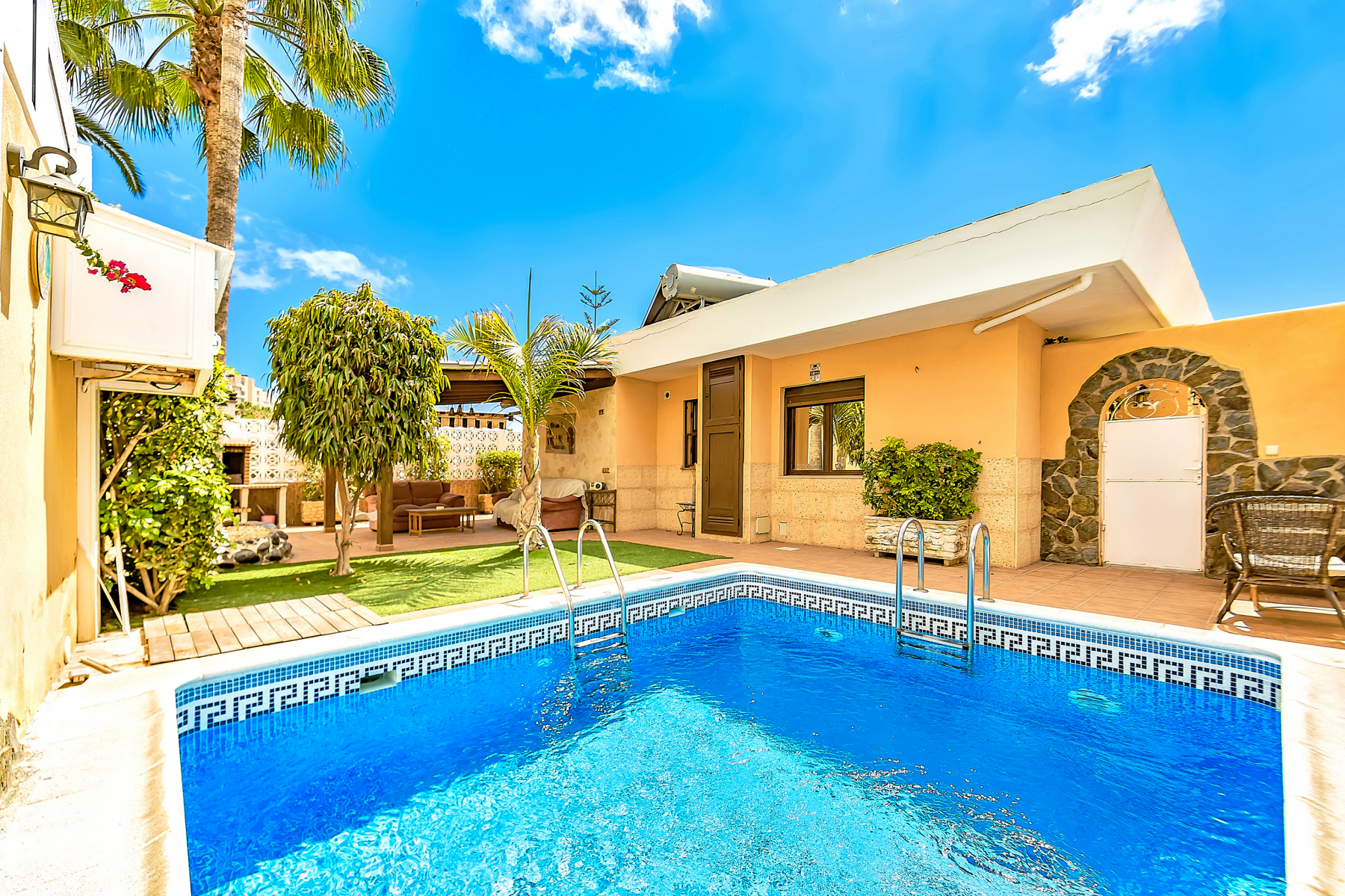 Properties for Sale in Tenerife, Canary Islands, Spain | SylkWayStar Real Estate. Villa 4 bedrooms Puerto Colon. Image-26004