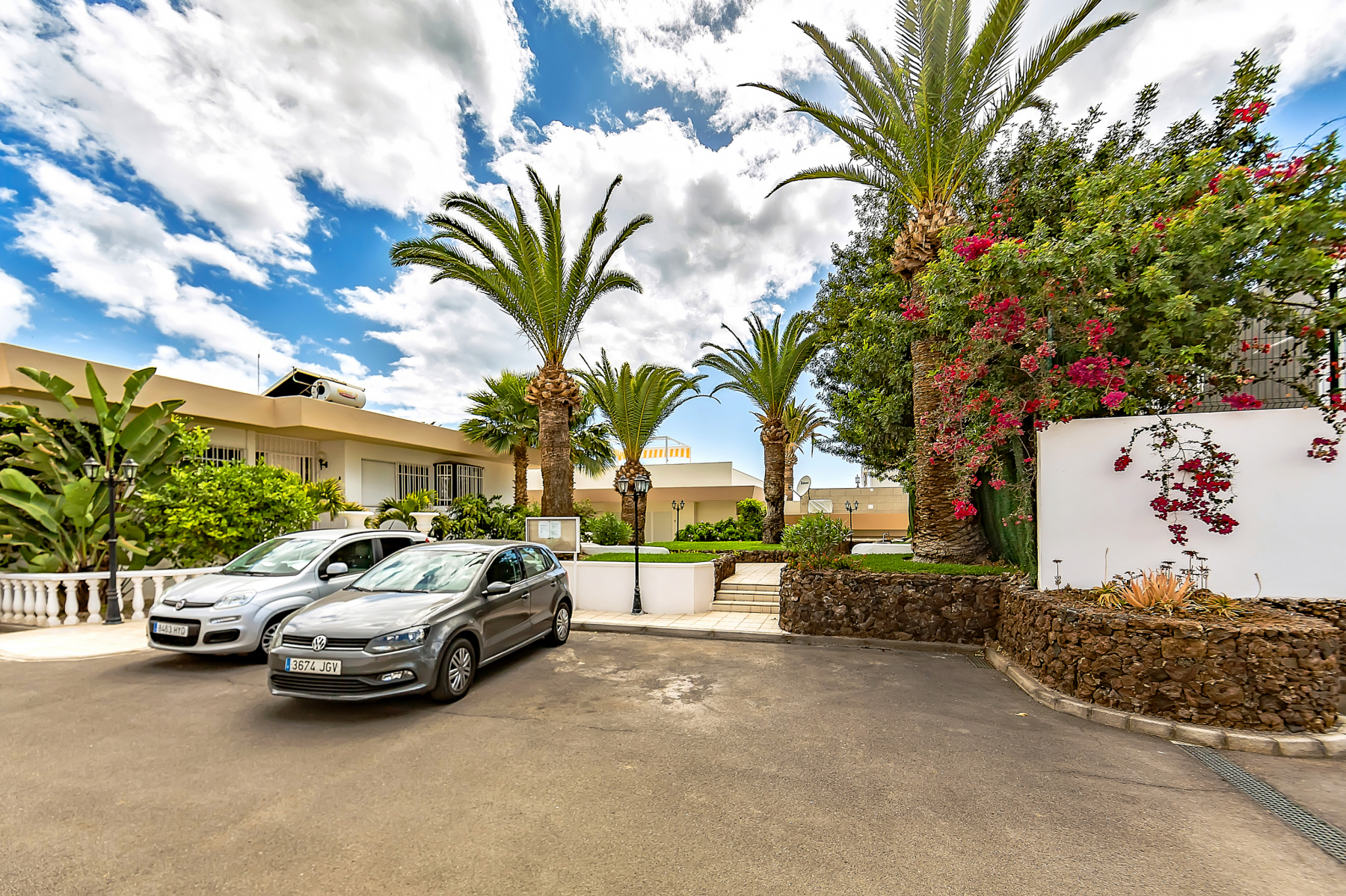 Properties for Sale in Tenerife, Canary Islands, Spain | SylkWayStar Real Estate. Villa 4 bedrooms Puerto Colon. Image-26069