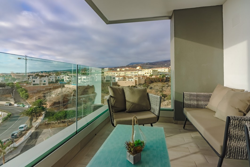 Properties for Sale in Tenerife, Canary Islands, Spain | SylkWayStar Real Estate. 3 bedroom apartment Playa Paraiso. Image-26136